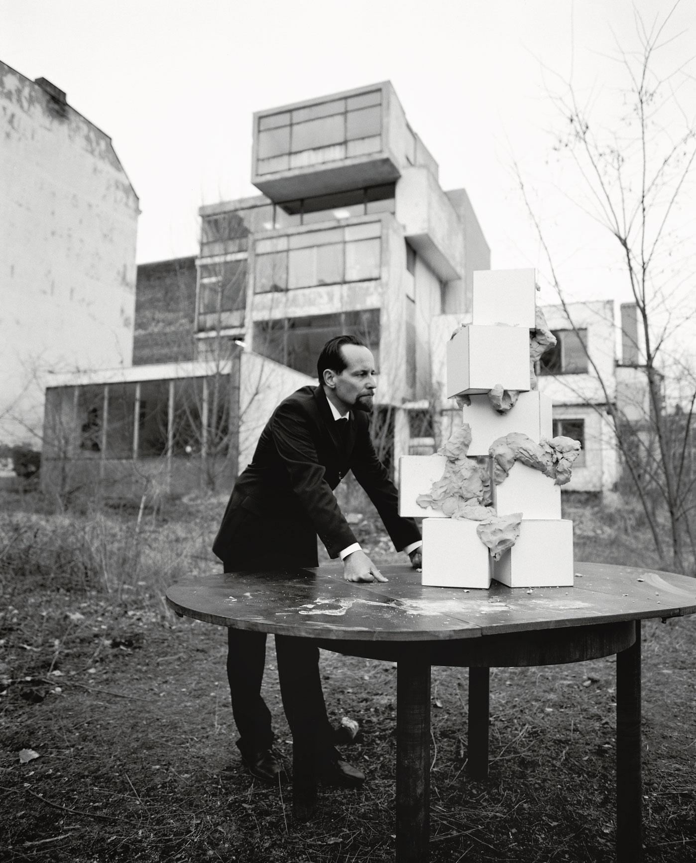 Les Schliesser – »Der vierdimensionale Architekt Do you believe in repetition?«, Setphoto