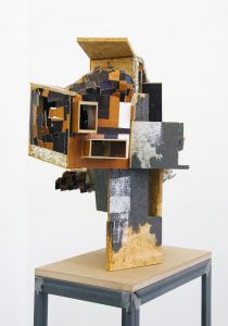 Les Schliesser – »Potpourri CA (libeskindkohlhaasgehry)« Holz, Styrodur, Papier-Maché, 90 x 105 x 55 cm