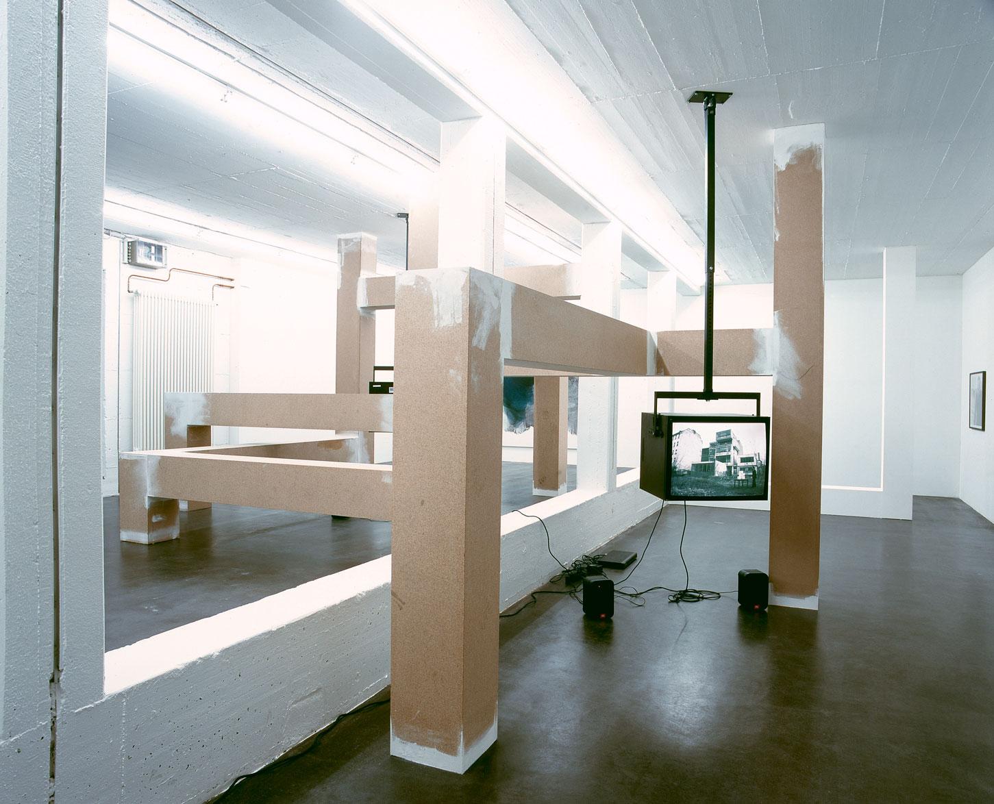 Les Schliesser – »SchluckaufModerne«, Installationsansicht, Galerie Mirko Mayer, Köln 2007